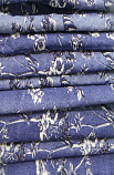 Blue And White Flower Print  Loose Fabric Width 64 Inch (52% Polyester & 48  Cotton ) Per Meter